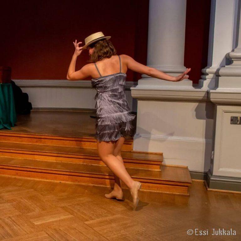 tanssiesitys ja tanssiryhmät