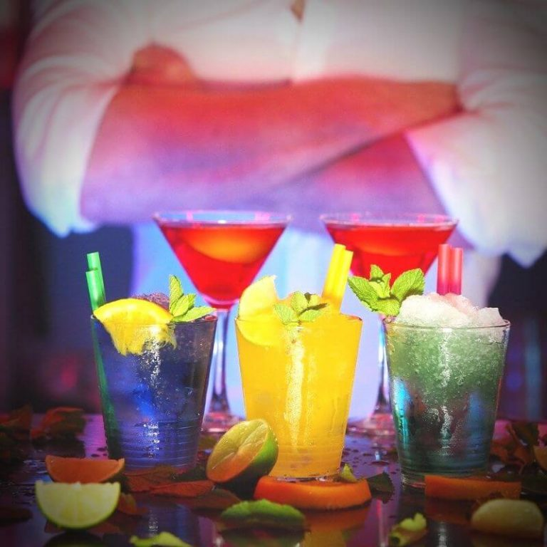 baarimikko häihin ja juhliin