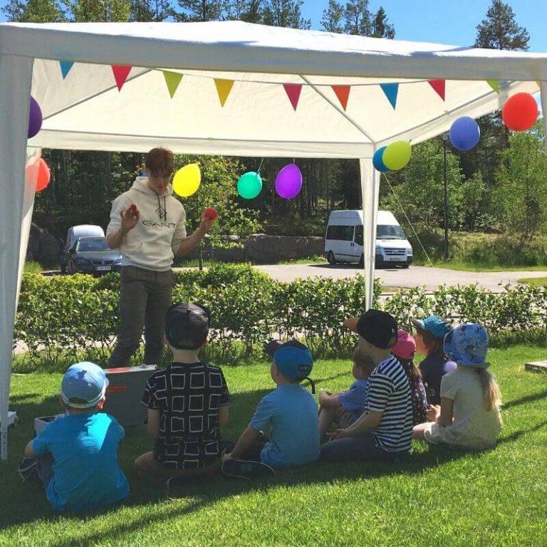 esiintyjia-lastenjuhliin