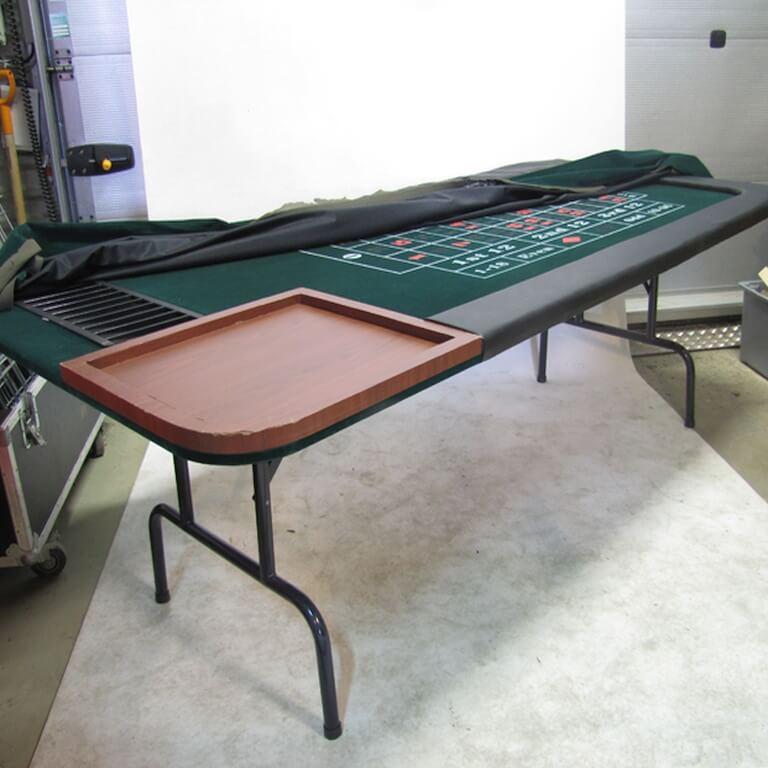 Rulettipöytäkin saatavilla Casinopeleihin. Lue lisää VUOKRAUS-navigaatiopalkista.