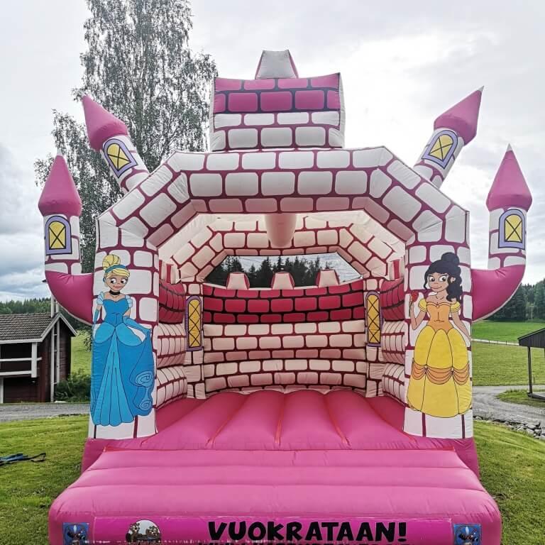 Iso prinsessalinna 179€/vrk. Lisää tuotteita VUOKRAUS-valikosta.