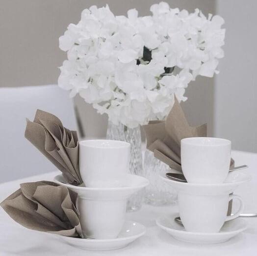 kahviastiastot ja kahvikupit vuokraus
