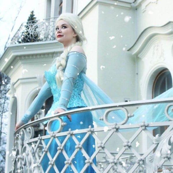 jääkuningatar ja jääprinsessa
