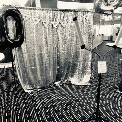 kuvausseinä juhliin kuvaustausta
